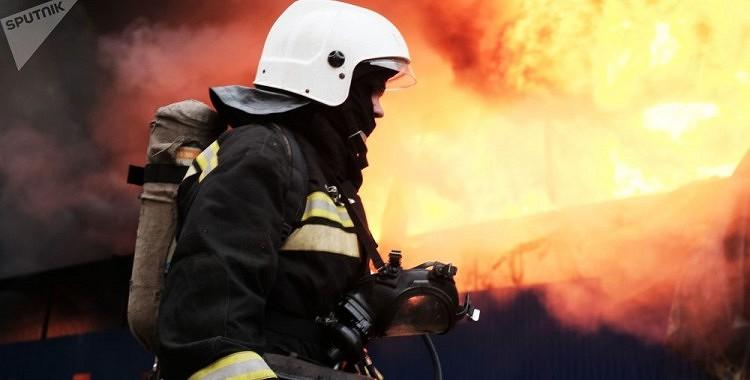 Rīgas centrā izcēlies ugunsgrēks, 8 cilvēki gājuši bojā