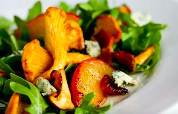 Salāti ar gailenēm