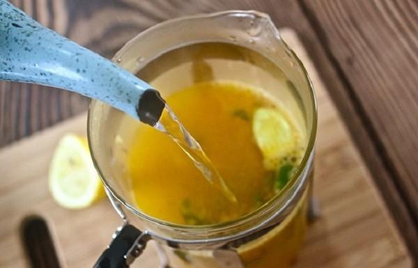 Šīs brīnumainās tējas atbrīvos jūs no parazītiem un vēl 49 slimībām! Dziednieks no lauku ciema jau izglābis daudz dzīvību…