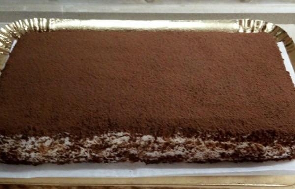 4 olas, 200 g biezpiena un 120 g cukura – vismaigākajai tortei pasaulē! Neticami viegls un gards deserts!