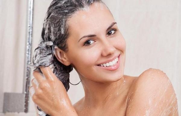 Vai Tu mazgā matus katru dienu? 10 ieteikumi kā to pārstāt!