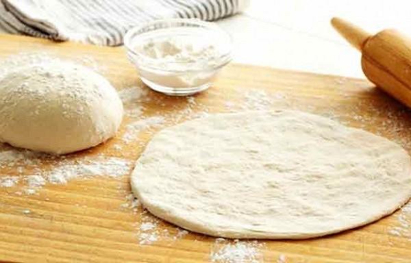 Kā pagatavot picas mīklu?