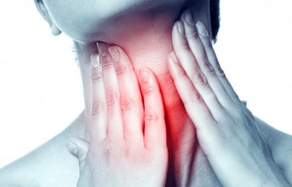 Dabīgas zāles pret sāpēm kaklā