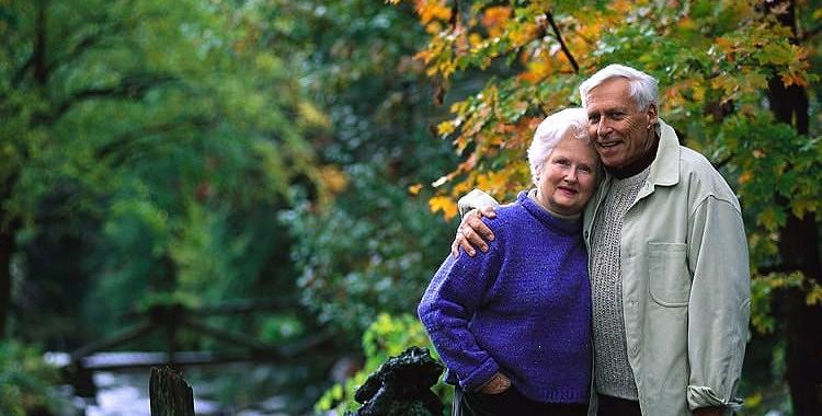 Desmit lietas, kas mainās pēc viena vecāka nāves