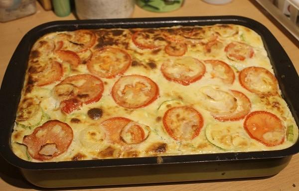 Kartupeļu, kabaču, tomātu sacepums